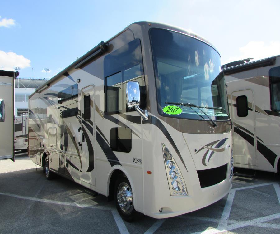 2017 Thor Motor Coach WINDSPORT