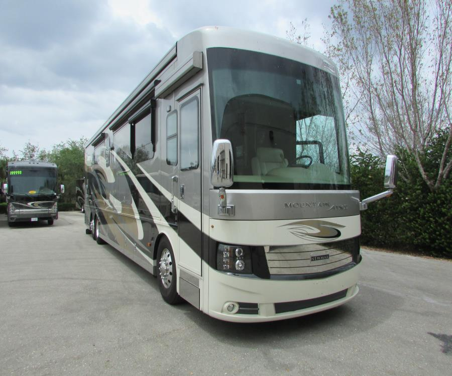 2017 Newmar MOUNTAIN AIRE